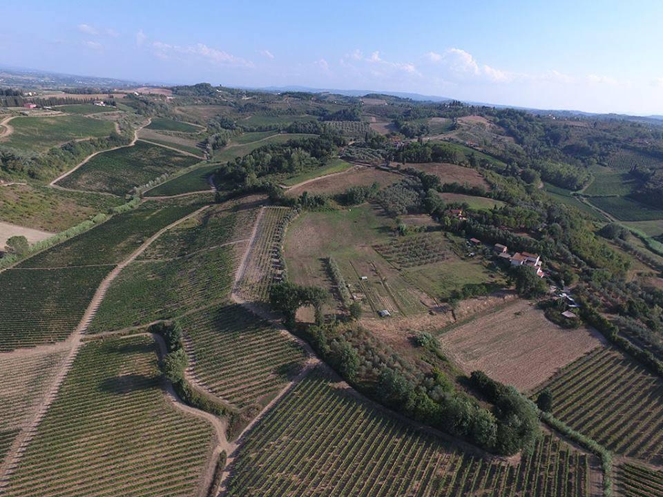 フィレンツェとピサの間に位置するサンミニアート