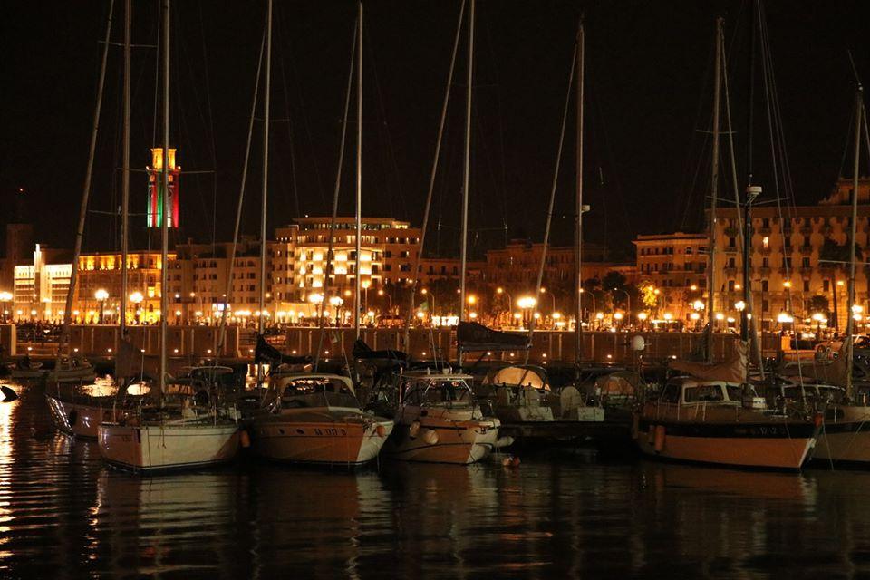 バーリ港は、バルカン諸国や中東へ向けた重要な玄関口。